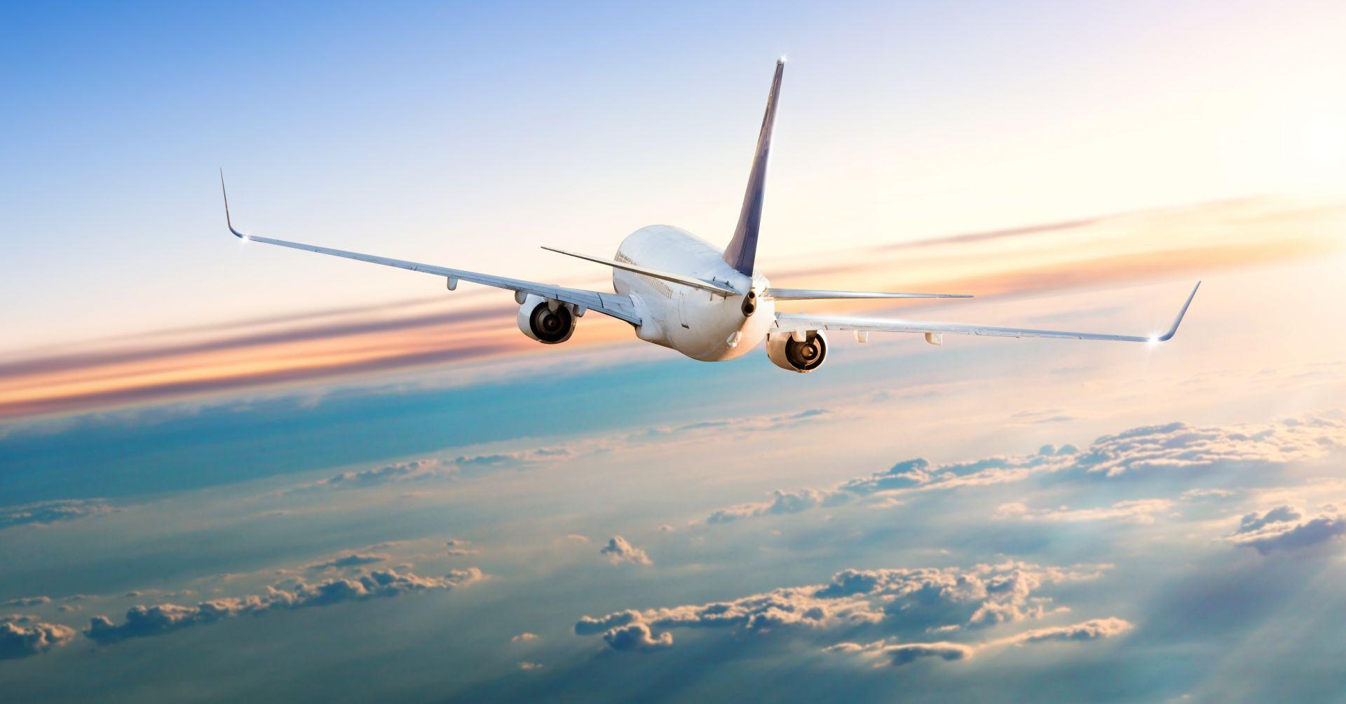 letadlo na cestě do Austrálie